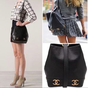 Vintage Chanel lambskin bucket bag with gold CCs